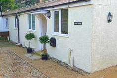 Quiet Corner Cottage - Holiday Cottage - Bembridge