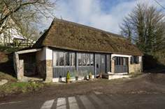 The Old Coach House sleeps Sleeps 2 + cot, 8.1 miles N of Okehampton.