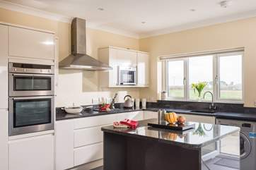 This fabulous kitchen is not only good looking but also well-equipped.