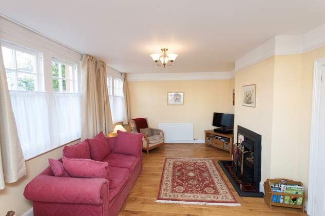 Ashmead Cottage-1