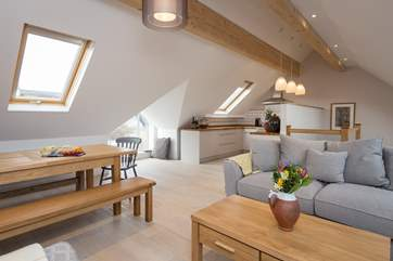 Calm colour schemes, light and space, create a perfect atmosphere for a relaxing and happy stay at this property.