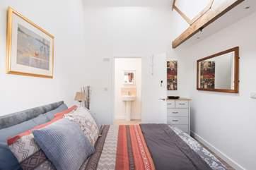 The double bedroom has an en suite shower-room.