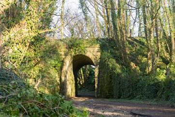 The location of the barn is close to the site of the old railway line and many of the old bridges still remain.