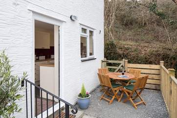 Enclosed patio, perfect for a spot of al fresco dining.