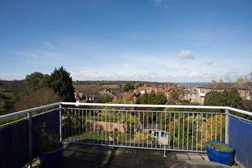 Stunning roof terrace with out door seating and barbecue with spectacular views.