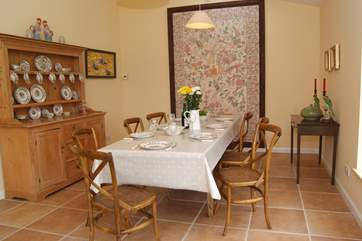 Another view of the dining table in the garden room.