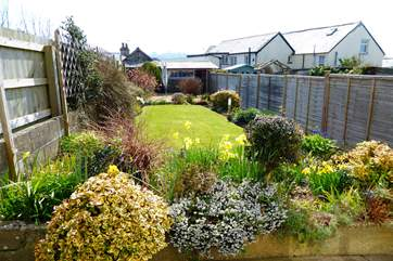 The cottage has a lovely back garden and a secure shed if you want to bring bikes to make the most of the Tarka Cycle Trail that runs right through the village.
