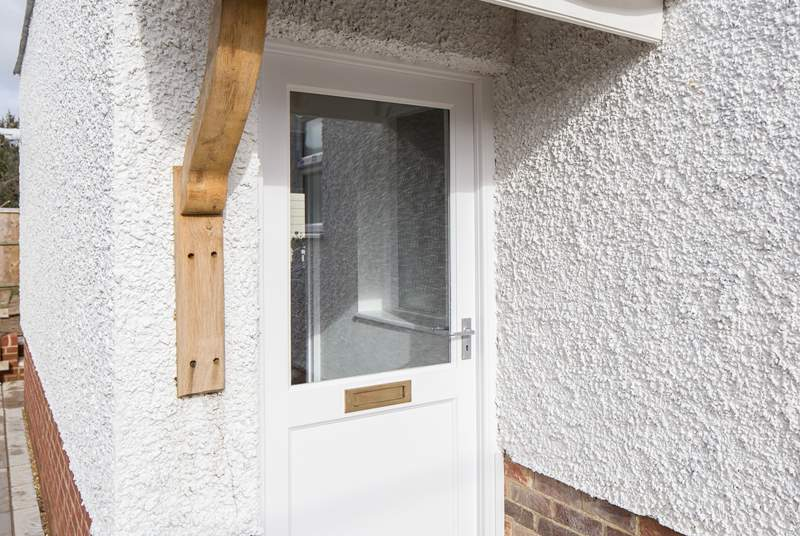 Welcome to 53a Howgate Road, have a wonderful stay!