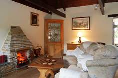 Pine Cottage - Holiday Cottage - 2.5 miles W of Mevagissey