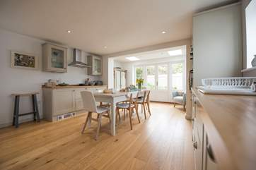 The sunny kitchen/diner whereFfrench doors lead out to a gorgeous patio and lawned garden (photos to follow).