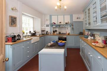 A great kitchen to prepare a meal.
