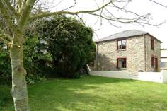 Nanteague Cottage - Holiday Cottage - 3.9 miles SE of Perranporth