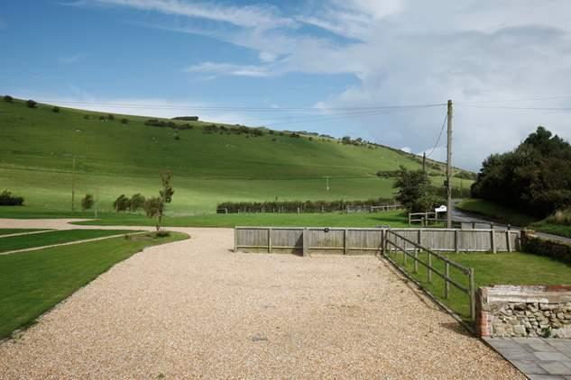 Chillerton Farm Barn-5