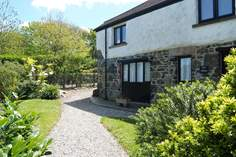 Polbream - Holiday Cottage - Mullion