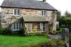 Colesloggett Farmhouse - Holiday Cottage - 8.9 miles N of Fowey