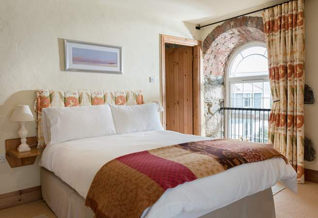 The double bedroom (Bedroom 1) has an en suite shower-room.