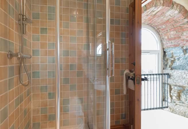 The en suite shower-room.