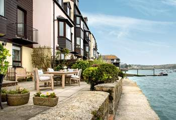 Mulberry Quay is right on the water with superb views from most rooms.