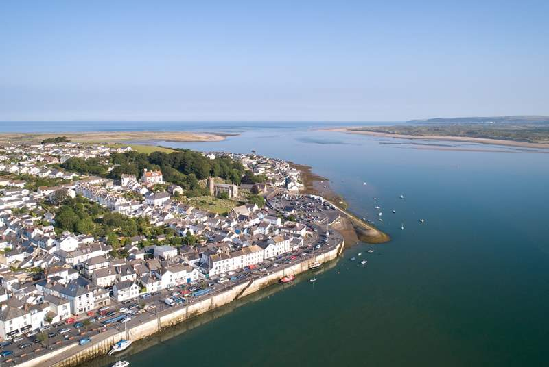 Appledore is a short drive away with lovely coastal views.