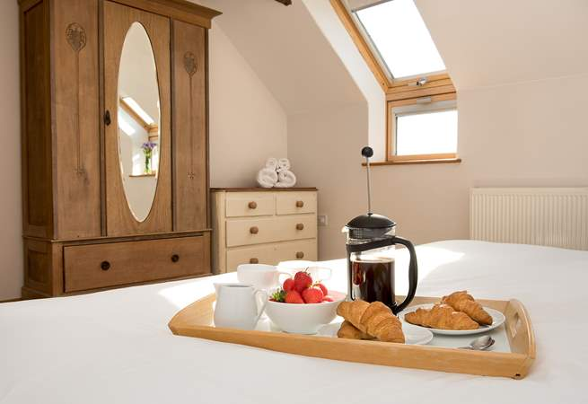 Breakfast in bed, why not, you are on holiday!