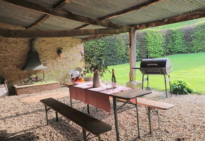 This barbecue barn is in the grounds of Manor Farm. You are welcome to use this area after 6.00 pm when all the free range chickens and ducks have gone to bed !