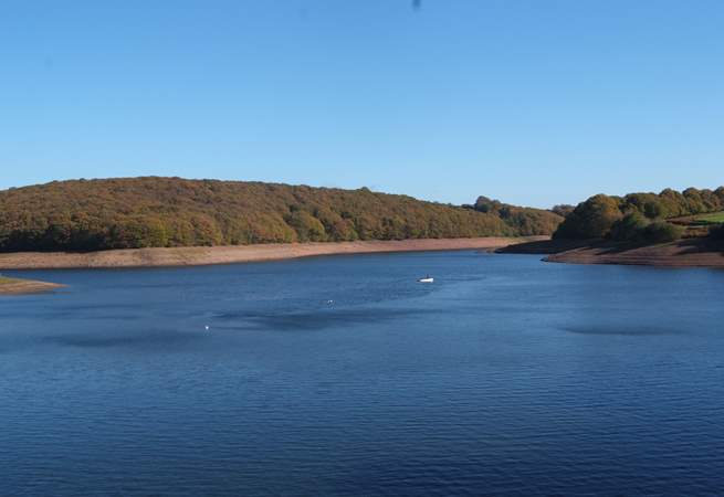 Wimbleball Lake is nearby. There are a range of lovely footpaths to follow around the shore and in the woodland that surrounds the lake.