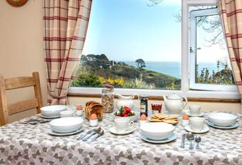 Mealtimes will be a real treat with that view.