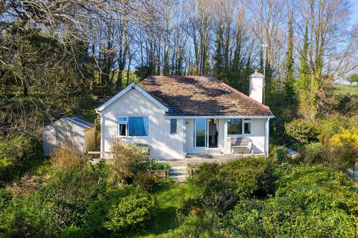 Cottages near Jubilee Inn