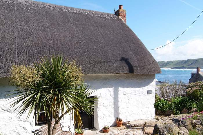 Cottages near Sennen Cove to Land's End
