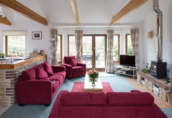 The cottage has a lovely open plan design that allows you to spend time together.