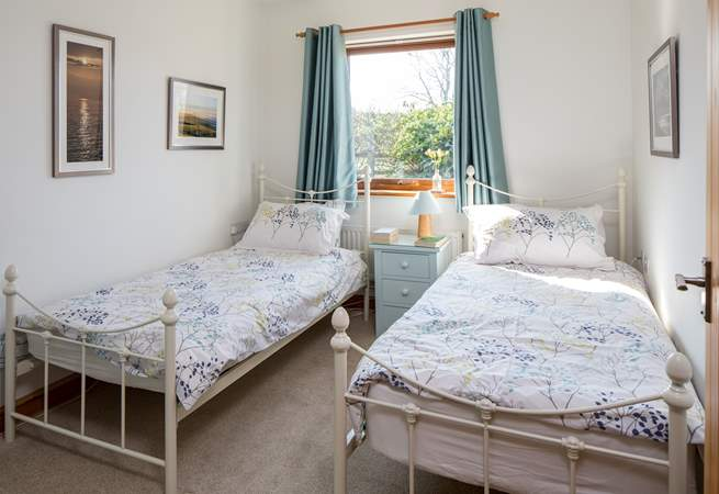 The twin-room is bright and cheerful.