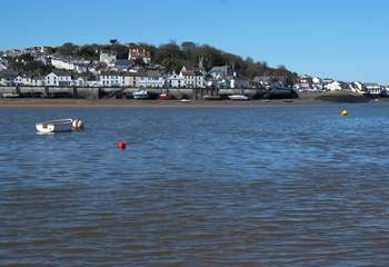 Appledore and Instow face each other across the River Torridge as it meets the sea.