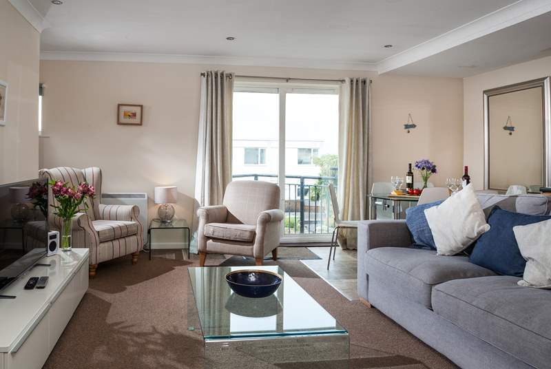 The open plan living-area will ensure you can enjoy time together.