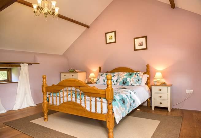 The first floor double bedroom (bedroom 2) has an en suite bathroom.
