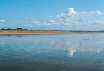 The north Devon coast is an easy drive away - miles of sandy beaches.