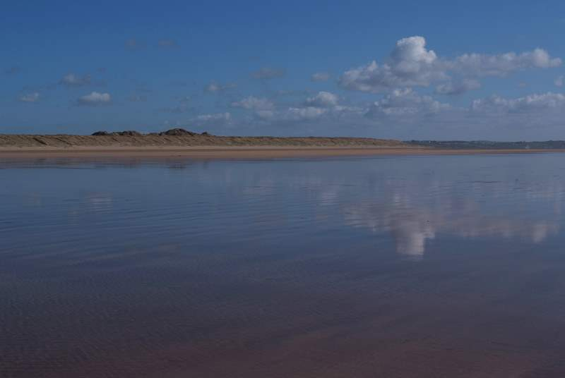 The vast sandy beach at Braunton Burrows.