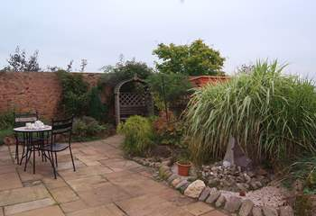 Another view of the courtyard garden at the front of the cottage.