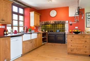 The gloriously spacious farmhouse kitchen....