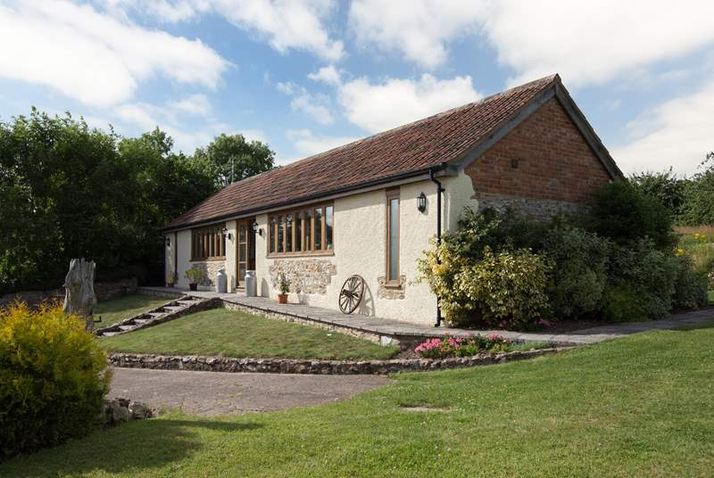 The cottage is single-storey and has accessible access to the front and the rear.