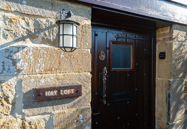 A traditional barn conversion with all you will need for a lovely stay in this National Trust conservation village.