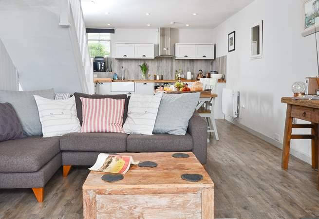 And equally gorgeous open plan living-area.