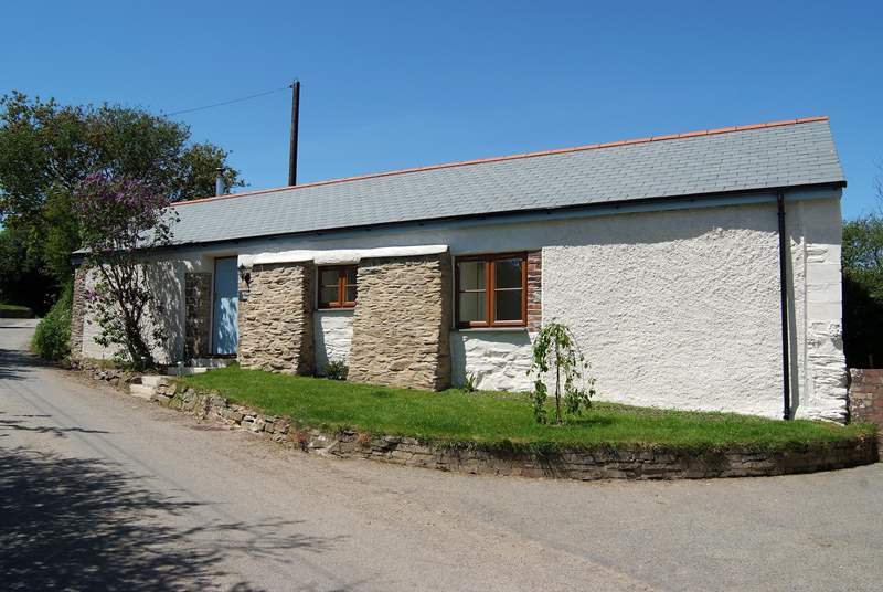 Wheel Barn is single-storey with only a couple of steps inside, and found in an easily accessible rural location.
