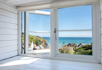 Wow! The double bedroom and twin bedroom both have fabulous views.