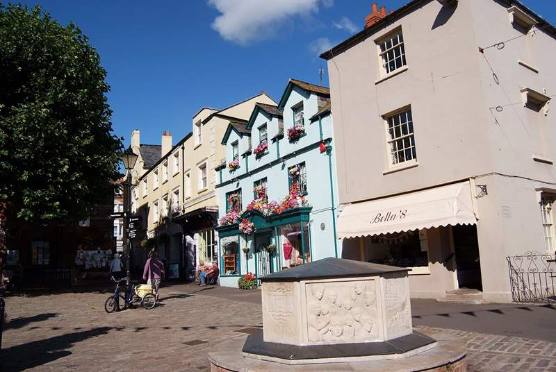 The lovely market town of Bridport is nearby - two markets each week and lots of shops and cafes to spend a day enjoying.