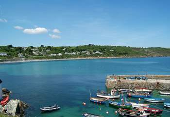 Coverack's picturesque harbour and village pub are just a few minutes' walk from Arlyn Wartha.