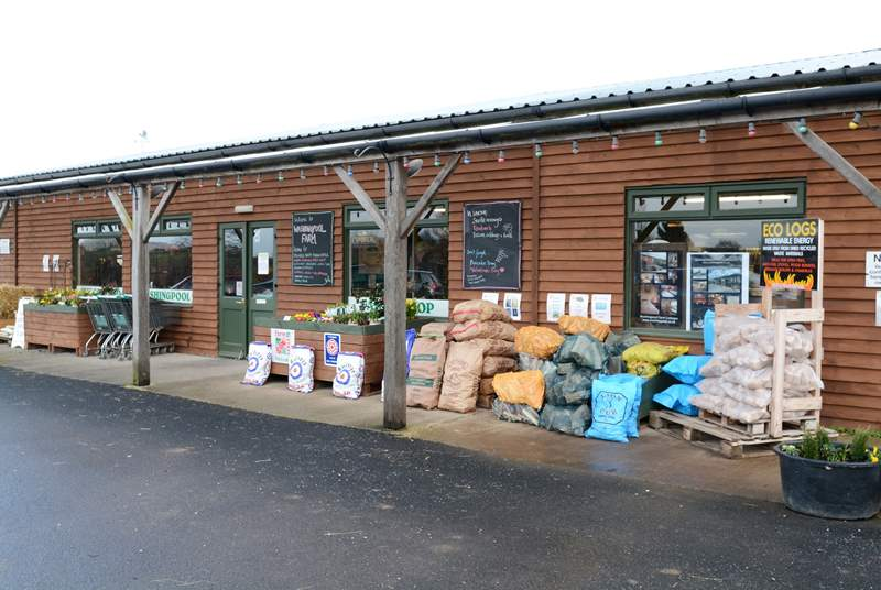 Washingpool Farm Shop, recently featured in the TV series Broadchurch, is a short drive away. It is packed full of wonderful fresh local produce and has an excellent licensed cafe with fabulous cakes