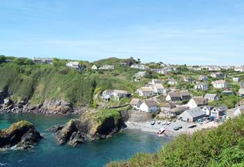 Looking back at picturesque Cadgwith Cove from the clifftop footpath just beyond the village...