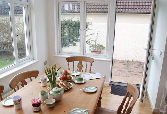 And with direct access to the garden and patio, you may want to take your breakfast outside.