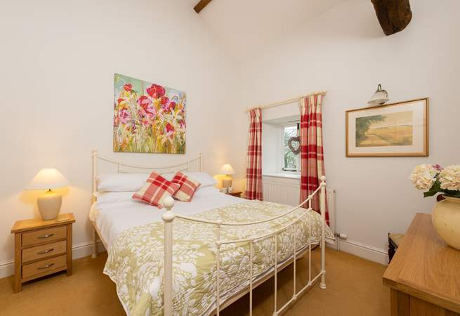 This is the second of the ground floor bedrooms.