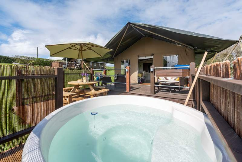 The lovely Buttercup, complete with blissful hot tub.